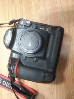 🚚 Nikon d3 body only