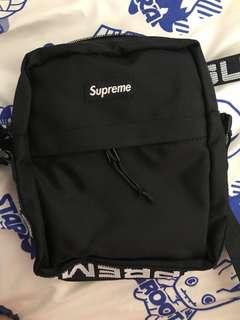 Supreme SS18 Shoulder bag RED AND BLACK