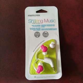 (U.P. $29.90) Memorex Sharing Earphones (Pink)