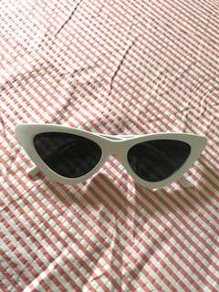White cat eye micro sunnies