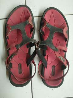 Sandal CONNEC Angel merah