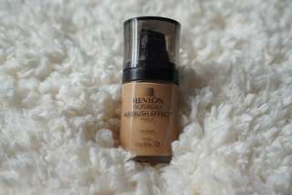 Revlon photoready airbrush effect shade 004 Nude