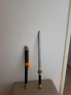 龍泉正宗仿銅裝花紋鋼金蘭劍