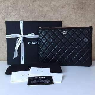 CHANEL CLUTCH QUILTED O CASE LEATHER CLUTCH