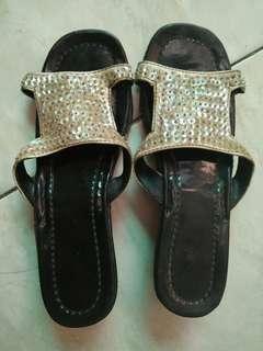 Sandal burci