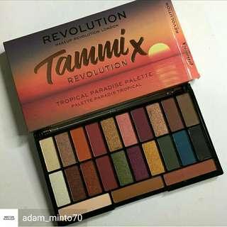 Makeup Revolution × Tammi Tropical Paradise Eyeshadow Palette