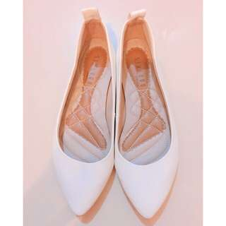 Authentic Sixteen White Shoes