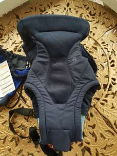 Combi Baby Soft Carrier