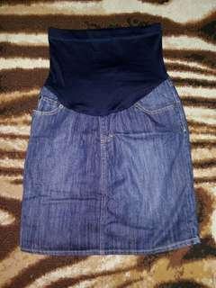 Maternity Maong Skirt