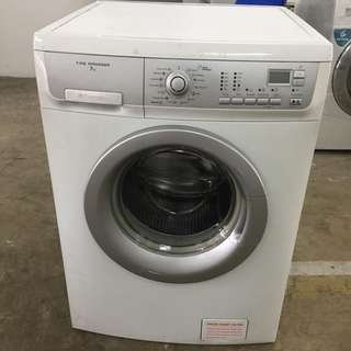 Electrolux Front Load Washing Machine Mesin Basuh 7kg