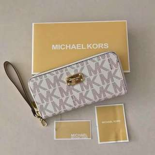 Authentic MK Long wallet (PREORDER) ❣️