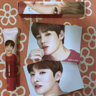 WANNA ONE HA SUNGWOON Innisfree My Lipbalm