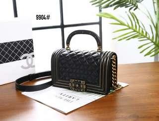 Chanel Mini Boy Studded Handle Bag 9904#22  Bahan kulit   Kwalitas High Premium AAA Tas uk 20x5x12cm Berat dengan box 1kg  Warna : -Black Include Box Chanel  Harga @790rb