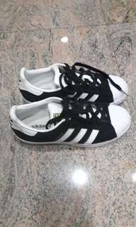 Used Adidas superstar(authentic?