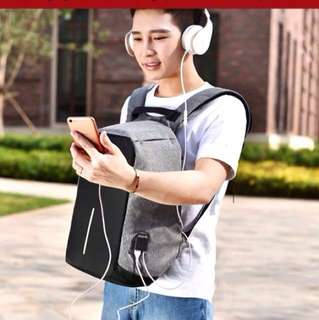 🌟Anti-theft backpack with headset port