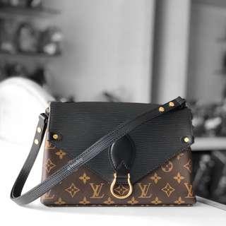 Authentic Louis Vuitton Saint Michel Noir M44030 LV