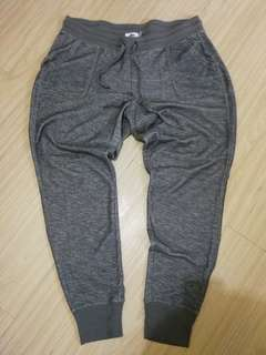 Old Navy Jogger Pants (Large)