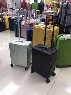 阿豪 台灣品牌 Travelplus 鋁鎂合金全新20寸 拉桿箱