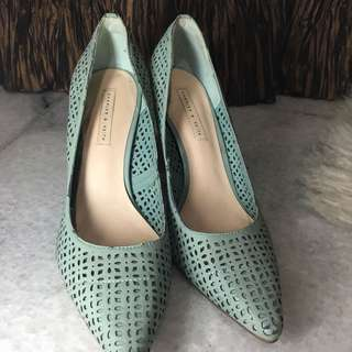 Charles and keith heels size37