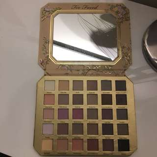 Too faced 'natural love' eyeshadow palette