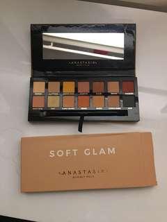 Anastasia Beverly Hills 'soft glam' palette
