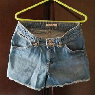 Adjustable Maong Shorts