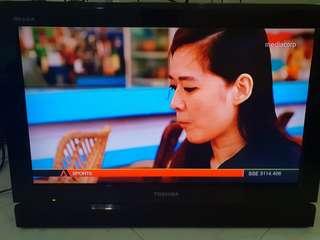 "0606 Toshiba 24"" TV"