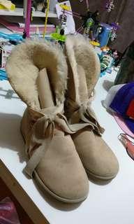 Sepatu winter zara