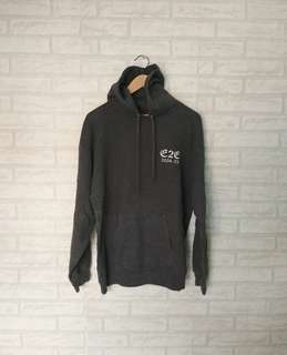 Hodie import size XL pxl 69x58 good condition