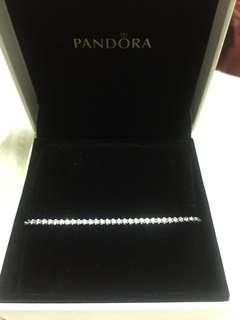 全新 Pandora Bracelet