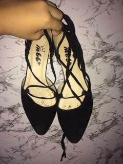 Black Tie-up String Shoes