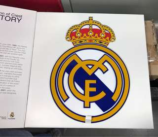 Real Madrid Crest with box and base