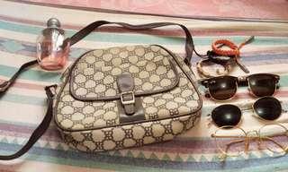 TRENDY BROWN SLING BAG