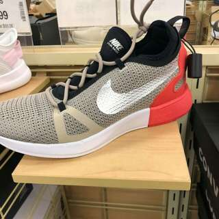 NIKE RUBBER SHOES FROM US