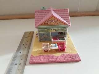 Polly Pocket beach cafe No. 2: Pollyville (1993)