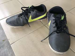 Nike shoes snicker teen