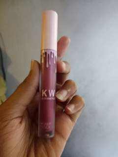 Lipstik matte kkw