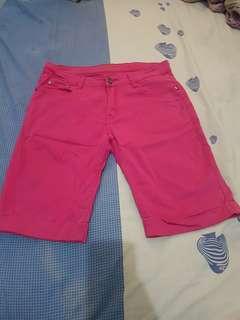 Celana pendek hot pant pink