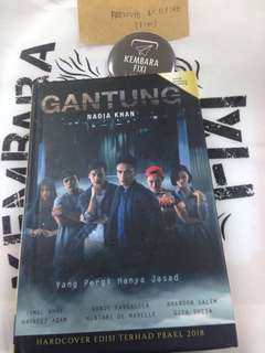 Gantung Hardcover with Actor Signature
