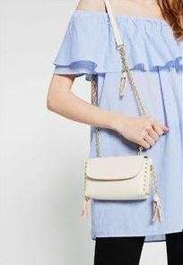 Zara chain tassel small corssbag (offwhite)