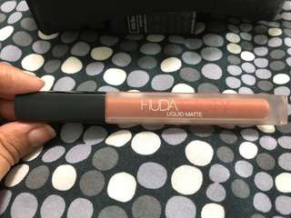 Huda Beauty Liquid Matte Trendsetter