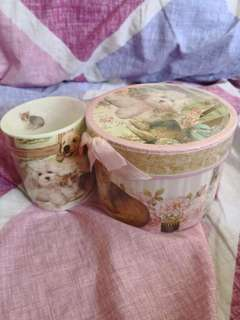 Puppies and kittens cup gift set
