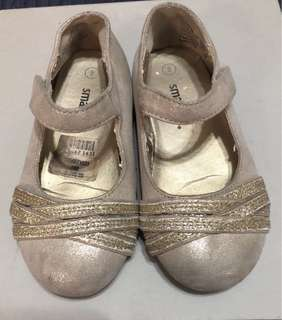 smartfit by Payless gold flat shoes