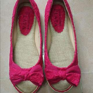 Stage of Playlord lace flats