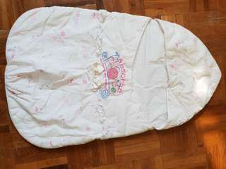 Baby swaddle/carrier