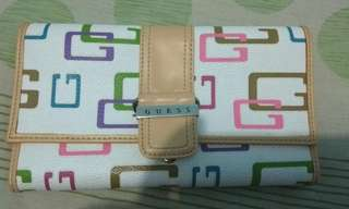 💚 Dompet Guess