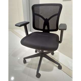 Low Back Working Chair (with Wheels) 低背工作椅(附滾輪)