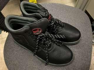 全新Smaat safety shoe 安全鞋 鋼頭鞋 防滑防油 工程鞋 UK9 43