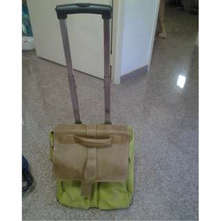 Leather pull out trolley bag.  Nice.  For sale.   Call 81211422