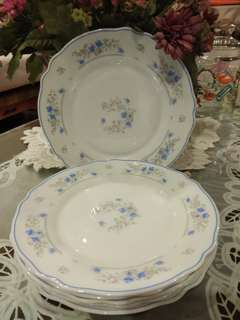Arcopal dessert plates
